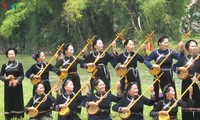Warga etnis-etnis minoritas di Provinsi Lang Son melestarikan khazanah lagu-lagu rakyat