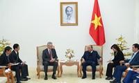 PM Vietnam, Nguyen Xuan Phuc menerima Dubes Swedia dan Perancis