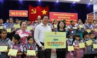 Wapres Dang Thi Ngoc Thinh melakukan kunjungan kerja di Provinsi Ca Mau