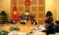 Melakukan wajib lapor kesehatan elektronik terhadap para penumpang yang masuk ke Vietnam sejak pukul 6.00 Hari Sabtu 7/3
