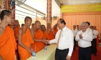 PM Nguyen Xuan Phuc mengirimkan Surat mengucapkan selamat kepada warga etnis minoritas Khmer sehubungan dengan Hari Raya Tradisional Chol Chnam Thmay 2020