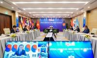 KTT  Khusus ASEAN dan  KTT Khusus ASEAN+3 menyerap perhatian media internasional