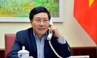 Deputi PM, Menlu Vietnam, Pham Binh Minh mengadakan pembicaraan telepon dengan Menlu Australia, Marise Payne