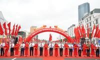 PM Vietnam, Nguyen Xuan Phuc menghadiri acara pembangunan beberapa jalan titik berat di Kota Hai Phong