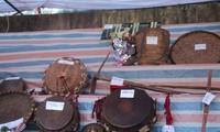 Kumpulan  instrumen musik tradisional dari warga etnis minoritas Dao Khau di Kabupaten Sin Ho