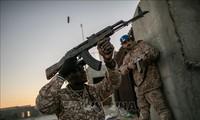 Komunitas internasional mengimbau gencatan senjata dan mengadakan kembali perundingan damai di Libia