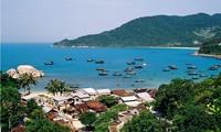 Mencanangkan Program mengusahakan ide kreatif demi satu Samudera tanpa plastik