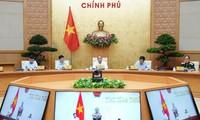 PM Nguyen Xuan Phuc mengadakan sidang kerja dengan pimpinan teras dua provinsi Binh Thuan dan Dac Nong