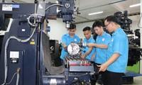 Provinsi Binh Duong Menaruh Perhatian Besar pada Peningkatan Sumber Daya Manusia