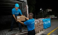 UNICEF Menyampaikan 10 Ton Produk Nutrisi Bantuan Darurat Bagi Anak-Anak Malnutrisi di Vietnam
