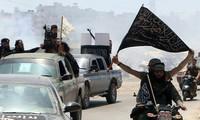 """Al-Qaeda Ancam """"Perang di Semua Front"""" setelah Penarikan Serdadu  AS dari Afghanistan"""