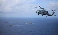 Kapal Angkatan Laut Australia Lewat Laut Timur