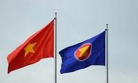 Peringatan HUT ke-26 Vietnam Resmi Masuk ASEAN