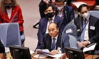 Presiden Nguyen Xuan Phuc Hadiri dan Sampaikan Pidato pada Sesi Pembahasan Tingkat Tinggi Virtual Mengenai Kerja Sama PBB dan Uni Afrika
