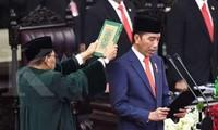 Indonésie : Joko Widodo prête serment pour un second mandat
