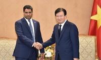 Trinh Dinh Dung reçoit le directeur général du groupe pétrolier Mubadala