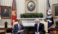 US officials: Trump revealed intelligence secrets to Russians