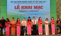 Vietnam International Fair 2017 opens in Can Tho City