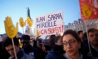 French citizens march against anti-Semitism