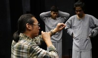 """""""Theatre of the Absurd"""" comes to Vietnam"""