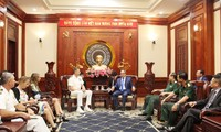 Commander of US Indo-Pacific Command welcomed in Ho Chi Minh city