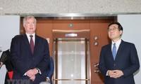 US ready to resume talks with North Korea