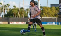HCMC FC signs up US midfielder