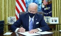 US rejoins Paris climate accord