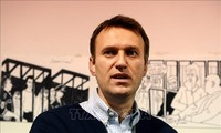 US sanctions Russian officials for opposition leader Navalny's detention