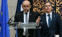 France's FM says restoring confidence in the US will require time