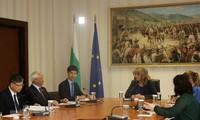 Vietnam dan Bulgaria memperkuat kerjasama dan bertukar pengalaman di banyak bidang