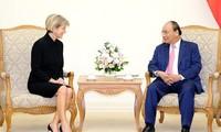 Membawa hubungan dua negara Vietnam dan Australia menjadi instensif di bidang-bidang