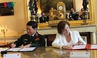 Vietnam dan Perancis menandatangani Pernyataan Visi Bersama tentang Kerjasama Pertahanan tahap 2018-2028