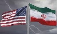 """Iran mencela sanksi-sanksi AS sebagai """"permusuhan buta"""""""