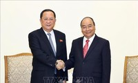 PM Vietnam, Nguyen Xuan Phuc menerima Menlu RDRK, Ri Yong Ho