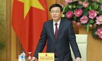 Deputi PM Vietnam, Vuong Dinh Hue menghadiri konferensi perkembangan ekonomi kerjasama, koperasi dan aktivitas sistem federasi koperasi Vietnam tahun 2018, menggelarkan tugas tahun 2019