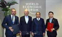 PM Viet Nam, Nguyen Xuan Phuc melakukan pertemuan bilateral di sela-sela Konferensi WEF Davos 2019