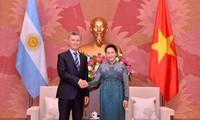 Ketua MN Vietnam, Nguyen Thi Kim Ngan melakukan pertemuan dengan Presiden Argentina