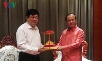 Menteri Informasi, Kebudayaan dan Pariwisata Laos menerima Direktur Jenderal Radio Suara Vietnam, Nguyen The Ky
