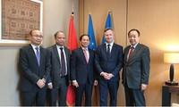 Utusan khusus Perdana Menteri Pemerintah Vietnam mengunjungi Perancis