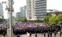 Lebih dari 1300 orang telah datang berduyun-duyun ke Ibu Kota untuk melakukan demonstrasi, Jakarta mengumumkan keamanan siaga satu