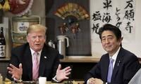 PM Jepang melakukan perbahasan dengan Presiden AS menjelang kunjungan di Iran
