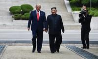 """KCNA memuji """"pertemuan bersejarah"""" AS – RDRK di DMZ"""