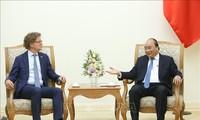 PM Nguyen Xuan Phuc menerima Dubes Swedia