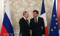 Presiden Rusia, Vladimir Putin melakukan kunjungan resmi di Perancis