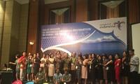 Misi dagang menyosialisasikan 10 tempat wisata yang menarik baru Indonesia di Kota Hanoi