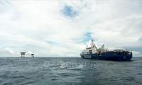 Peneliti Filipina, Lucio Blanco Pitlo: Tindakan Tiongkok di dangkalan Tu Chinh (Vanguard Bank) untuk merealiasikan apa yang disebut sebagai strategi Tu Sa (Four Sha) dengan menguasai sendiri Laut Timur