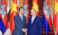 Vietnam dan Kamboja mengembangkan hubungan tetangga baik, persahabatan tradisional, kerjasama komprehensif dan berkelanjutan jangka panjang