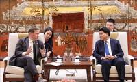 Kota Ha Noi dan Kota Ho Chi Minh memperkuat kerjasama dengan Kerajaan Inggris