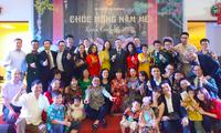 Komunitas Orang Vietnam di Republik Korea, Indonesia, Argentina dan Republik Czech Dengan Gembira Menyambut Hari Raya Tet
